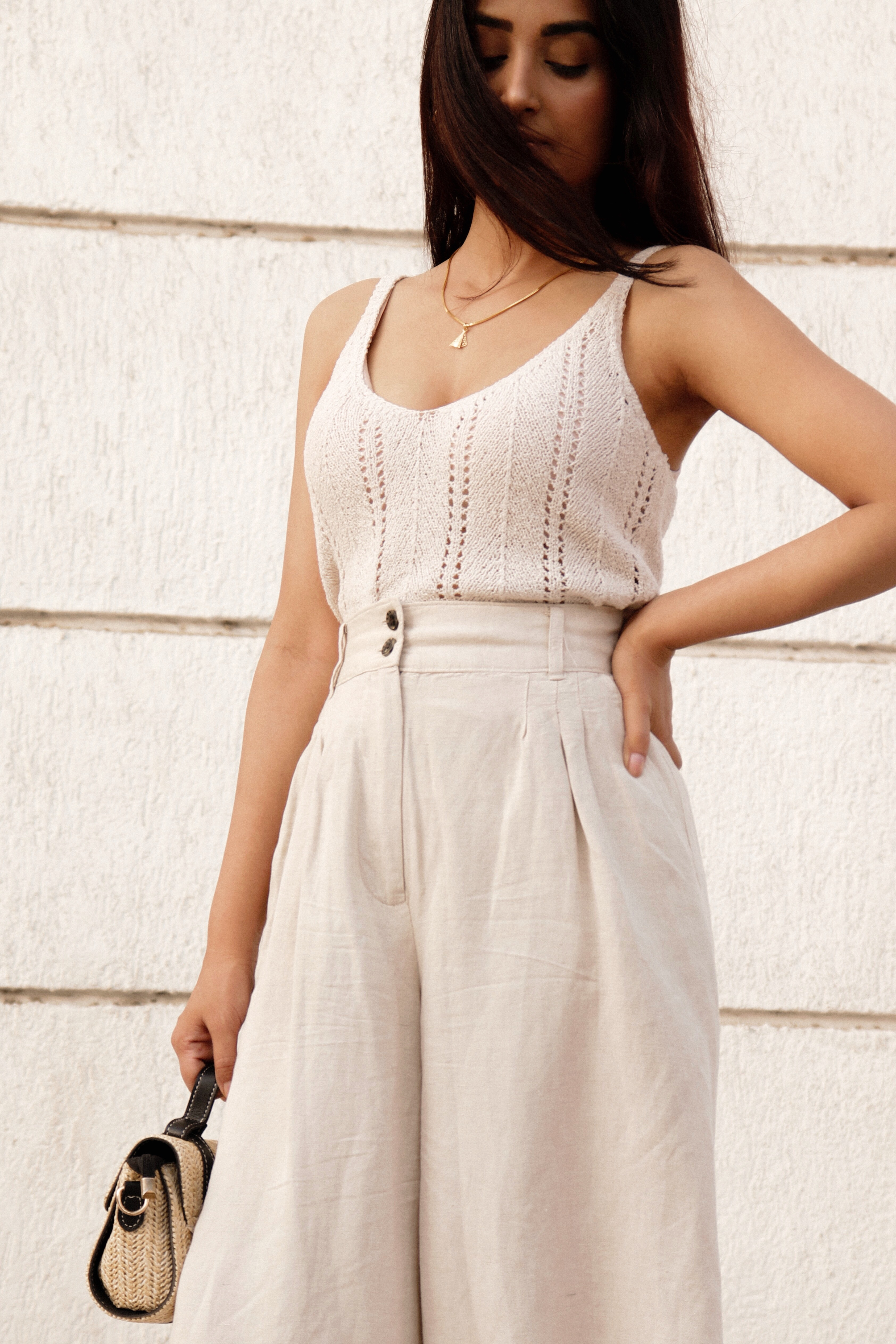 MONOCHROME OUTFIT WITH NEUTRALS - Prity Singh | Gold Hoops